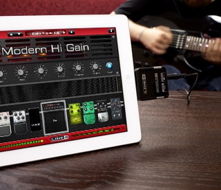 _ipad_iphone_guitar_interface_line6_mobile_in_guitar