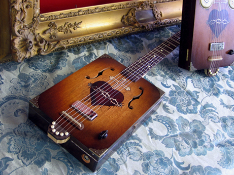 daddy mojo cigar box guitar