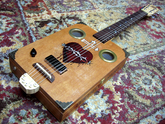 _cigar_box_mojo_guitar